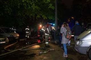 Ночью на окраине Киева горела многоэтажка – пришлось эвакуировать людей