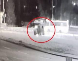 Водитель перевернувшегося на крышу автомобиля решил прикинуться пассажиром