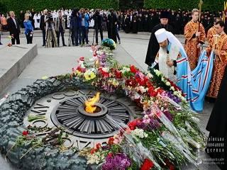 В УПЦ будут молиться о погибших во Второй мировой
