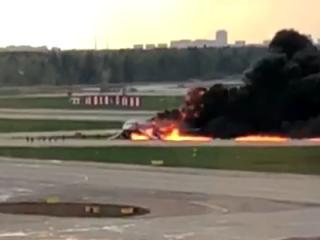 Катастрофа SSJ-100: в сеть попало видео из диспетчерской вышки аэропорта «Шереметьево»