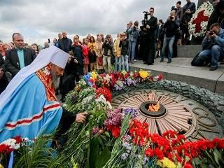 Митрополит Онуфрий 9 мая возглавит панихиду в Парке Вечной Славы