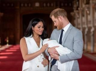 Стало известно, почему сына принца Гарри и Меган Маркл оставили без королевского титула