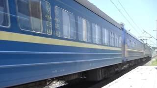 На Тернопольщине девушка выпрыгнула из движущегося поезда