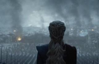 Фанаты «Игры престолов» потребовали переснять заключительный сезон сериала. Появилась петиция