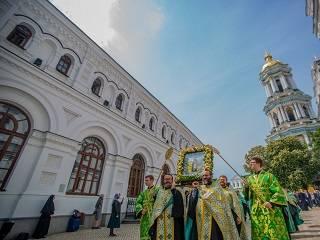 В Киево-Печерской лавре тысячи православных отметили день памяти преподобного Феодосия