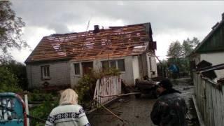 Смерч на Житомирщине срывал с домов крыши и валил деревья
