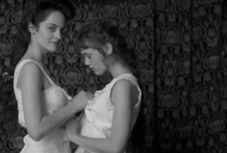 Фильм «Клубничка»: эротика вверх ногами