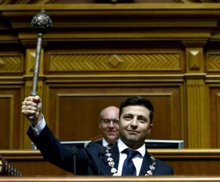 Зеленский стал президентом Украины и объявил о роспуске Верховной Рады
