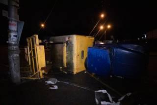 В Киеве такси на «евробляхах» протаранило машину коммунальщиков
