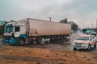 В Днепре произошло ДТП с грузовиками