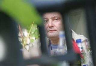 На Порошенко подали еще два заявления в ГБР: о преступном завладении ТК «Прямой» и махинациях при продаже завода «Кузня на Рыбальском»