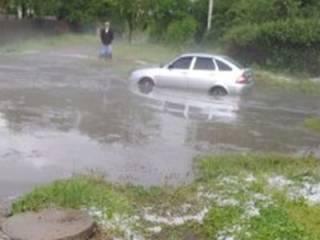 В Харьков пришла «Большая вода». Появилось видео последствий стихии