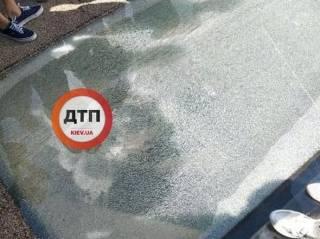 Кто бы сомневался. На «стеклянном» мосту в Киеве уже образовались трещины