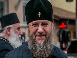Митрополит Антоний рассказал, почему верующим бывает сложно