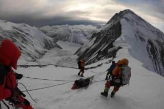На Эвересте спасли альпиниста из Австралии