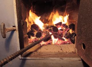 На Житомирщине родители-изверги убили свою дочь, а тело сожгли в печи