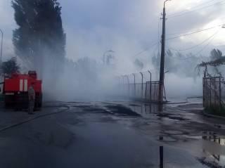Под Киевом полыхала АЗС. Люди слышали взрывы