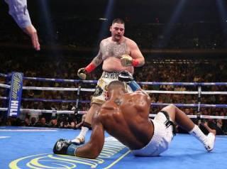 Супербой в Нью-Йорке: толстяк Руис уничтожил непобедимого Джошуа