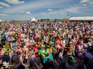 Под Одессой более 5 тысяч украинцев собрались на фестивале УПЦ
