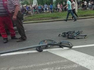 В Виннице неосторожную школьницу сбили прямо на пешеходном переходе