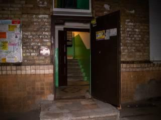 В Киеве женщина неделю жила с трупом сына в одной квартире