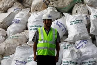После таяния снегов со склонов Эвереста собрали 11 тонн мусора и 4 трупа