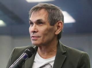 Сын Бари Алибасова рассказал, как его отец умудрился выпить жидкость для очистки труб