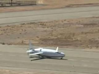 В США к первому полету готовится секретный самолет-пуля