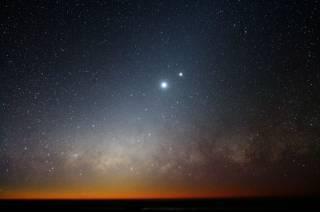 Сегодня в небе можно будет наблюдать Юпитер невооруженным глазом