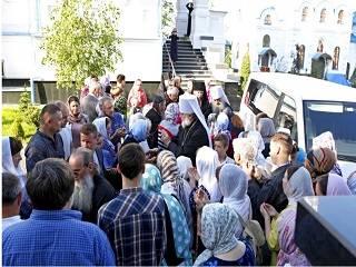 В Почаеве тысячи верующих прибыли на торжества в честь 800-летия Свято-Духовского скита