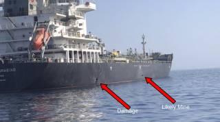 Кто-то подорвал два нефтяных танкера в Оманском заливе. И американцы знают кто