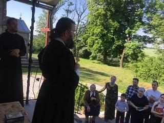На Тернопольщине активисты ПЦУ захватили храм: Верующие УПЦ отстаивают свои права в суде