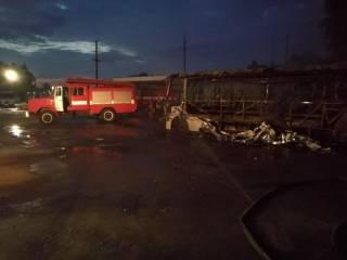 Под Киевом сгорело сразу 10 автобусов