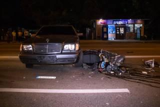 Ночью в Киеве произошло кровавое ДТП с участием мотоцикла