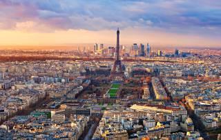 В центре Парижа решили высадить сразу четыре леса