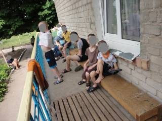 В интернате на Днепропетровщине персонал изощренно издевался над непослушными детьми