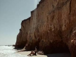 Ширина пляжей на Азовском море стремительно сокращается