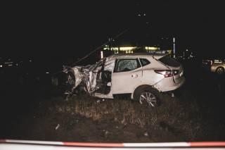 Ночью в Киеве произошло кровавое ДТП: автомобиль сбил столб
