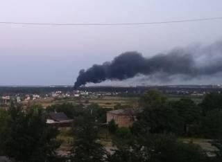 Под Киевом эпично горела АЗС