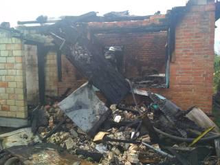 Под Киевом пенсионер сгорел на собственной даче