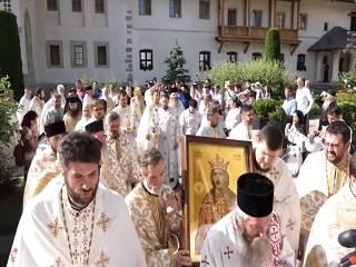 В Румынии тысячи православных отметили 515-летие со дня смерти воеводы Стефана Великого