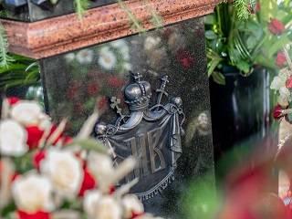 В Киеве верующие несут цветы на могилу Митрополита Владимира: Пятая годовщина со дня смерти