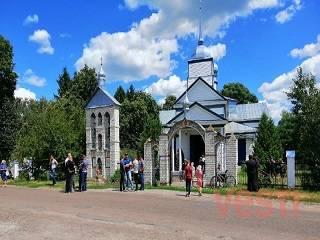 В Крутах местные жители объявили о переходе церковной общины в ПЦУ без участия верующих УПЦ