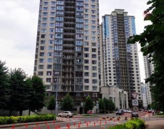 Чиновник из МинАПК Ахиджанов живет в элитном ЖК «Новопечерские липки» в Киеве