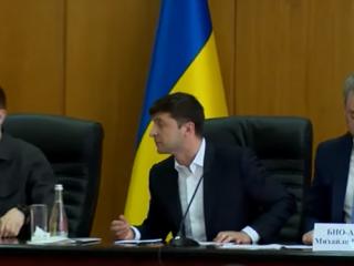 На Зеленского подают в суд за «беспредел» в Борисполе