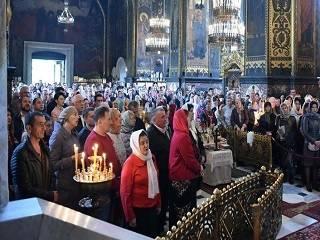 Прихожане Свято-Владимирского собора УПЦ КП призвали Зорю покаяться