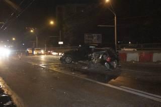 Ночью в Киеве произошло кровавое ДТП – столкнулись две иномарки