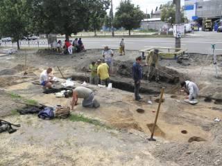 В центре Чернигова археологи откопали нечто очень древнее