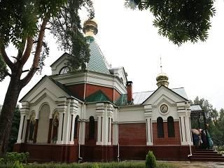 В Томашовке тысячи православных отметили праздник Положения ризы Божией Матери