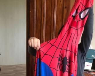 Рецидивист в костюме Человека-паука до смерти забил табуреткой своего врага на Киевщине